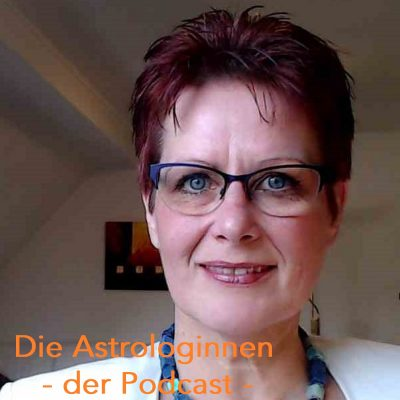 Die Astrologinnen - der Podcast mit Franziska Engel